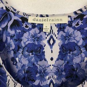 Daniel Rainn Tops - Daniel Rainn blue and white floral tank - 373